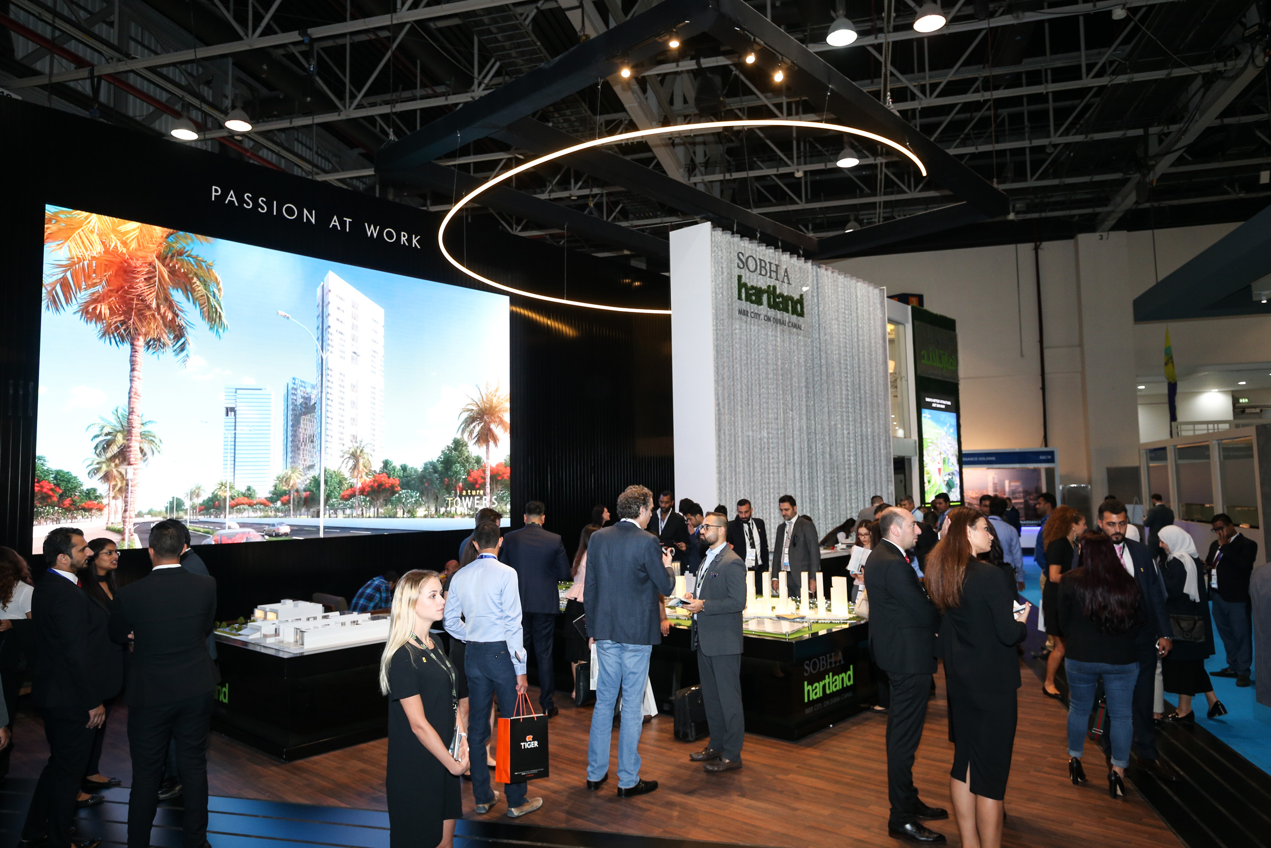 D Exhibition Stand Designer Jobs In Dubai : Exhibit at the uae capitals largest real estate investment and